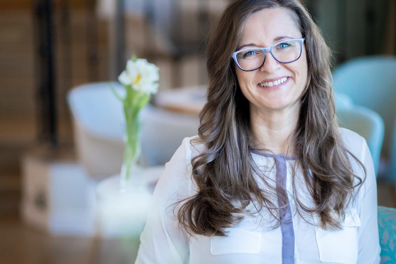 Sandra Laudenbach mit Brille